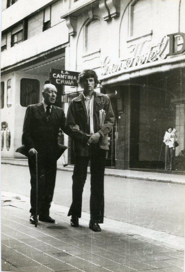 Borges-Moore, Buenos Aires, 1975..jpg A