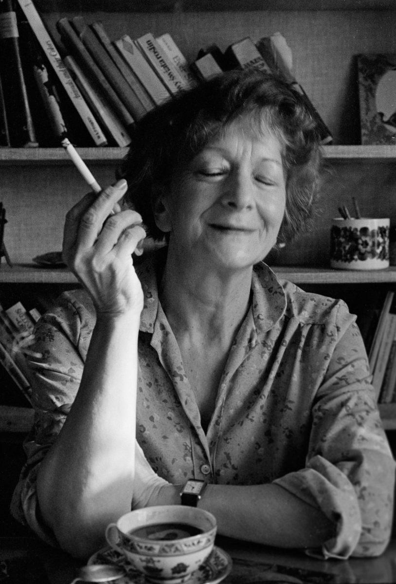 Szymborska, ojos oscuros